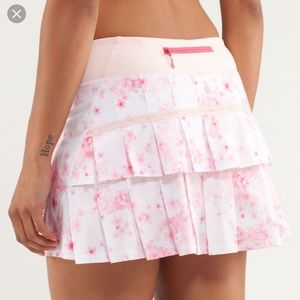 Lululemon pace setter skirt size 4 tall